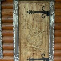 Резные двери, наличники, фасады, мебель для сада и ресторана. Ленинградская область